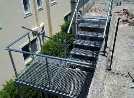 Σκάλες 6