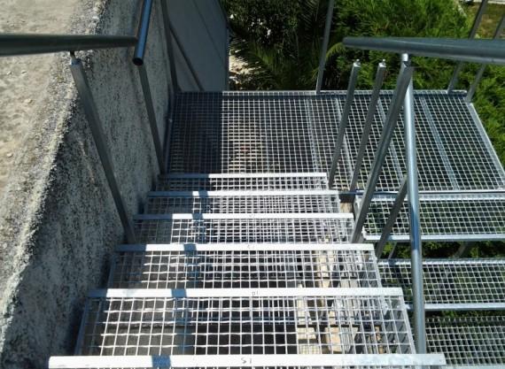 Σκάλες 7